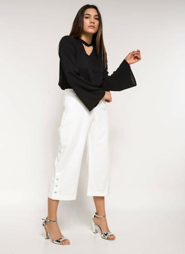 DeFacto Choker Detaylı Uzun Kollu Bluz Siyah